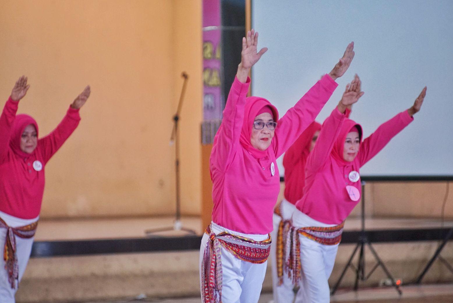 Festival Senam Komunitas Kebugaran Lansia Pra-lansia Indonesia (KLPI) Ajak Lansia Sehat, Bugar  dan Poduktif